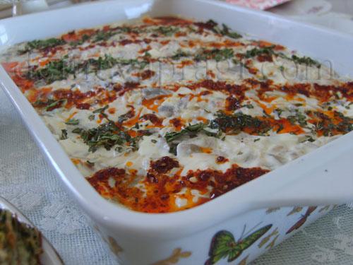 Yumurtalı Mantar Salatası
