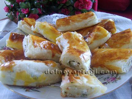 Peynirli Rulo Börek