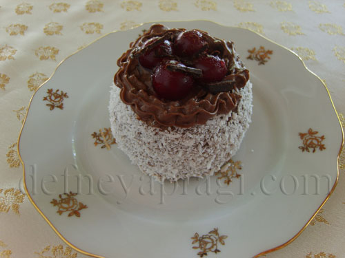 Küçük Karaorman Pastalar